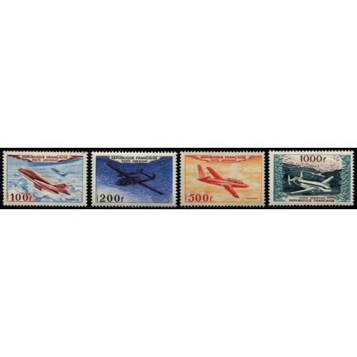 Poste Aérienne N°30-33