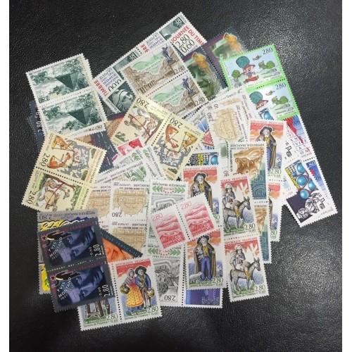Lot de faciale 100 timbres à 5,60 Francs