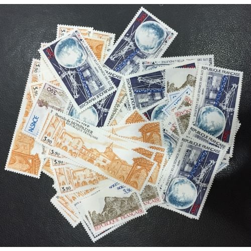 Lot de faciale 100 timbres de 3,90 Francs